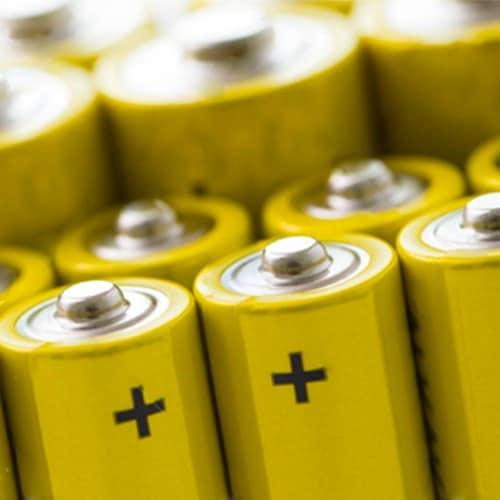 ¿Cómo elegir las baterías correctas para tu calibrador?