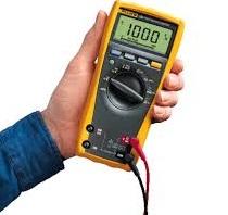 ¿Cómo medir capacitancia con un multímetro digital?